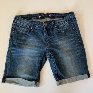 Vigoss Bermuda Jean Shorts Cuffed Hem Size 26